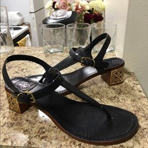 •LOW PRICE MAKE OFFER• $320 RETAIL TB SANDALS